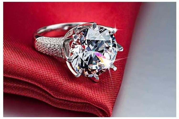 Designer and Fashion Jewelry For Women